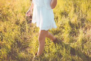 s_young-girl-enjoying-her-free-time-in-a-sunny-meadow-picjumbo-com