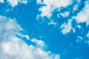 thousands-of-bubbles-against-bright-blue-sky-picjumbo-com1